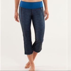 Lululemon Gather and Crow Crop in Limitless Blue